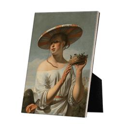 Meisje met een brede hoed op keramische tegel op standaard