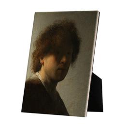 Zelfportret Rembrandt van Rijn op keramische tegel op standaard