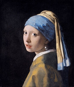 Image of our reproduction of Girl with a Pearl Earring by Johannes Vermeer on canvas, small